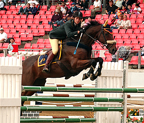 Greer riding Chain Reaction at 2005 Sydney Royal Easter Show